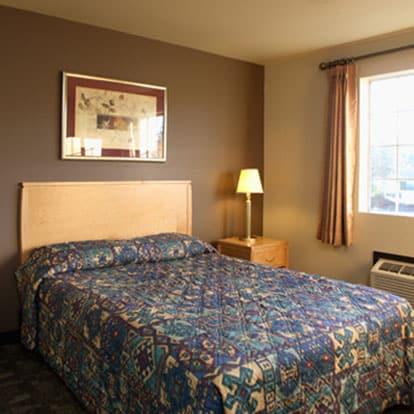 Best Lynnwood Inn Guest Room - Lynnwood WA Hotels
