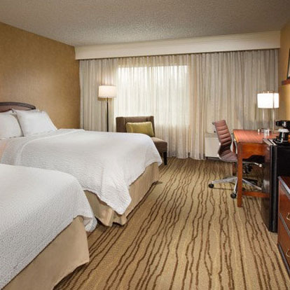 Courtyard by Marriot Guest Room - Lynnwood WA Hotels