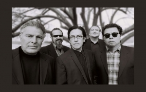 Los Lobos band picture